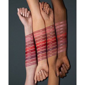 Demi Matt Barra de Labios Swatches